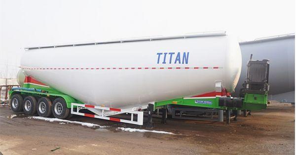 Remolque cisterna de cemento a granel seco de 4 ejes para la venta en Sudán