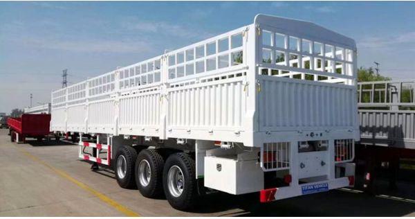 Remolque de transporte de animales / carga a la venta en Nigeria