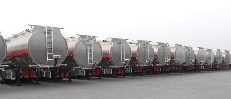 Remolques cisternas de combustible TITAN