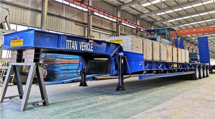 Trailer lowbed 4 gandar 120 ton